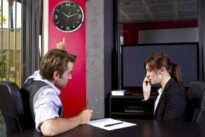 Unpünktlichkeit: Wissen Sie eigentlich, was Sie Ihrem Chef damit sagen?