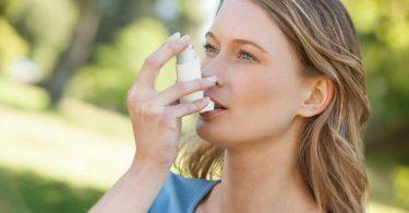 Asthma mit dem homöopathischen Mittel Lachesis behandeln