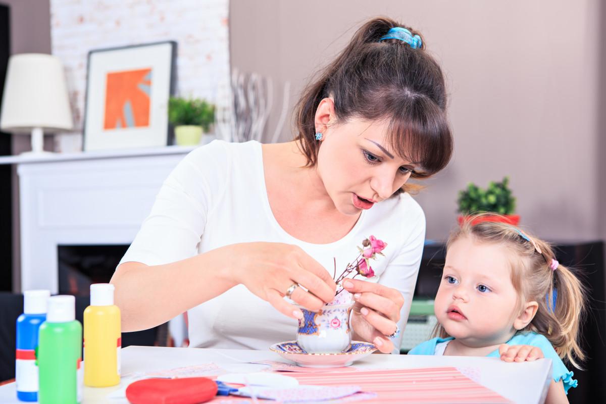 Zehn Tipps für das Basteln mit Kleinkindern