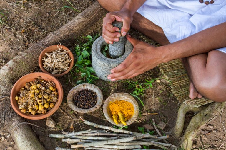 Ayurvedische Morgenroutine zur Erhaltung Ihrer Gesundheit