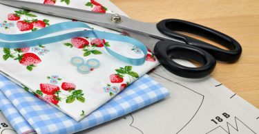 Erdbeerzeit: Zeit für Handarbeiten, Nähen und Erdbeer-Küchendekos