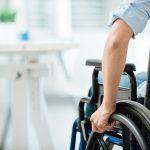 Was bedeuten die Größenbezeichnungen auf dem Rollstuhlreifen?