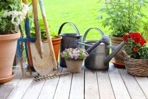 Gartenpflege – Diese Geräte gehören zur Grundausstattung