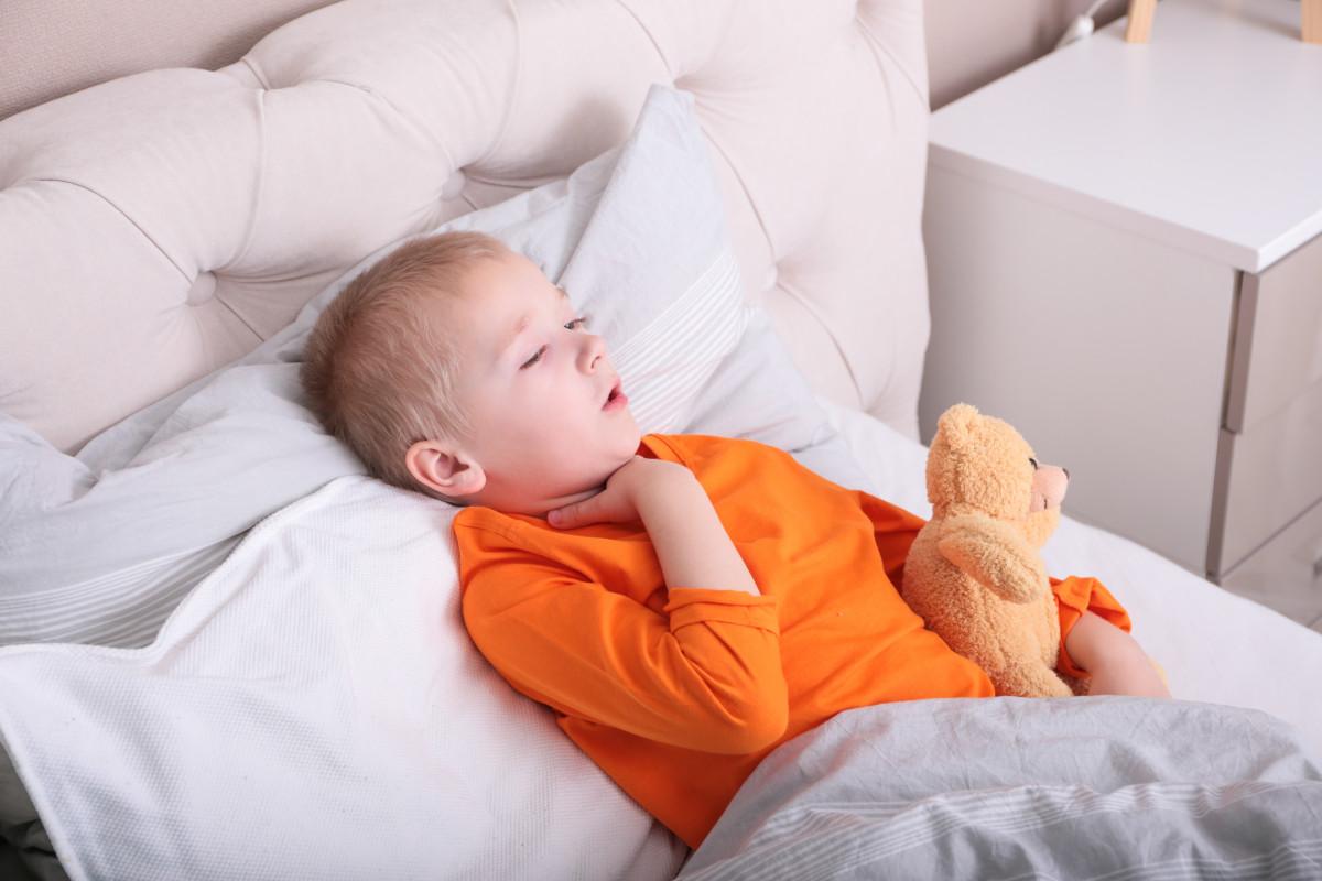 Krampfartiger Husten – wie helfe ich meinem Kind?