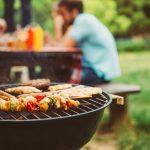 Im Garten und auf dem Balkon: Smalltalk über das Grillen