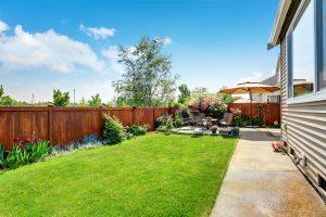 7 Tipps für die Gestaltung eines langen, schmalen Gartens