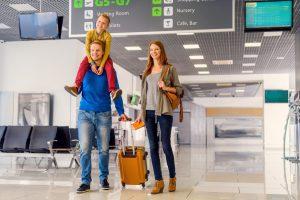 Was gehört alles in den Familienkoffer für den Urlaub?