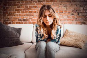 Schmerzhafter Stuhldrang – was tun?