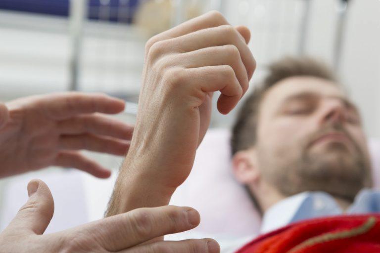 Wahrheit über Hypnose: Sind Sie in Hypnose manipulierbar?