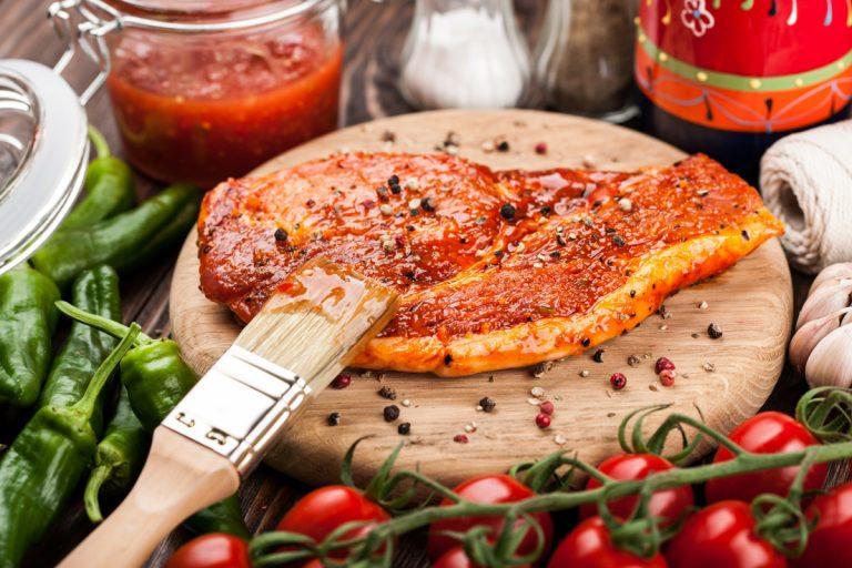 Wie Sie Fleisch, Gemüse & Co richtig marinieren