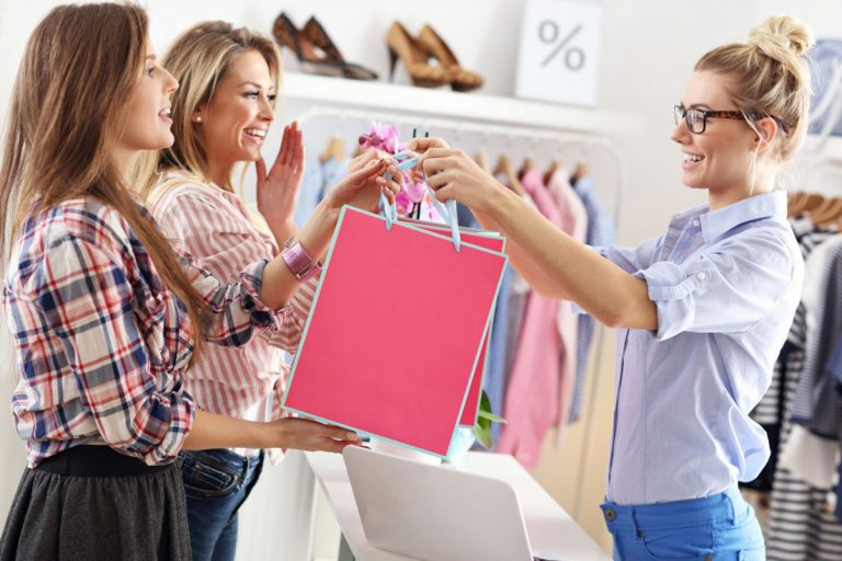 Fachgeschäfte im Einzelhandel: Gezielt durch Mitarbeiter abgrenzen