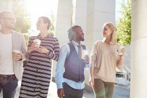 """So glänzen Sie im Small Talk: 5 bekannte Redewendungen mit """"H"""""""