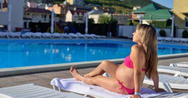 Sonnen mit Babybauch ist in Maßen gesund