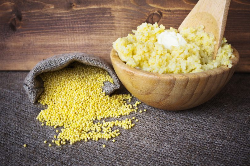 Sommerküche Vegan : Vegane sommerrezepte lauwarmer salat mit goldhirse tofu und