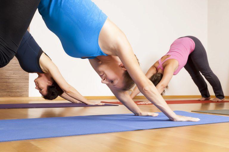 Warum Yoga auf leeren Magen besser ist