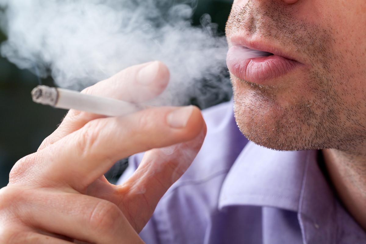 Warum die Muskeln beim Rauchen schrumpfen