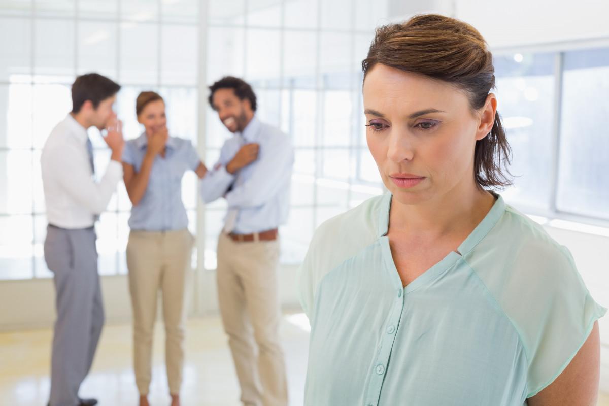 Wie Vorgesetzte und Kollegen bei Mobbing helfen können
