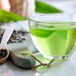 Multitalent grüner Tee - trinken Sie sich gesund und schlank