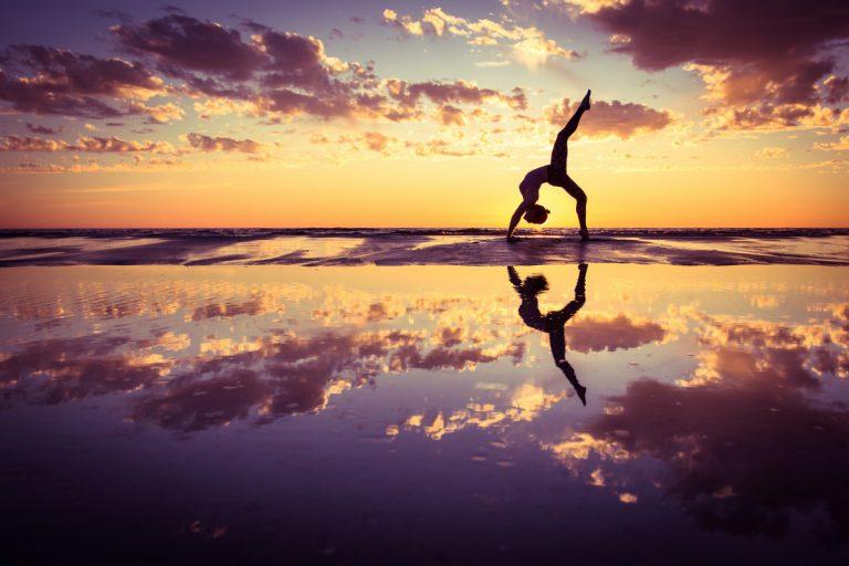 9 unausgesprochene Regeln beim Yoga