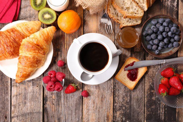 Wieso Frühstücken Ihr Herz schützt und das Abendessen nicht