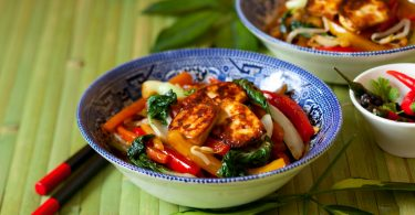 Leichte Gemüse-Tofu-Pfanne
