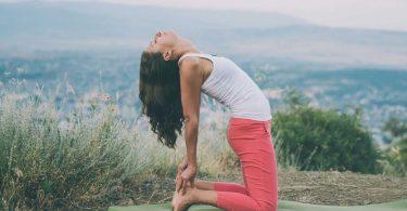 Kann Yoga bei Liebeskummer helfen?