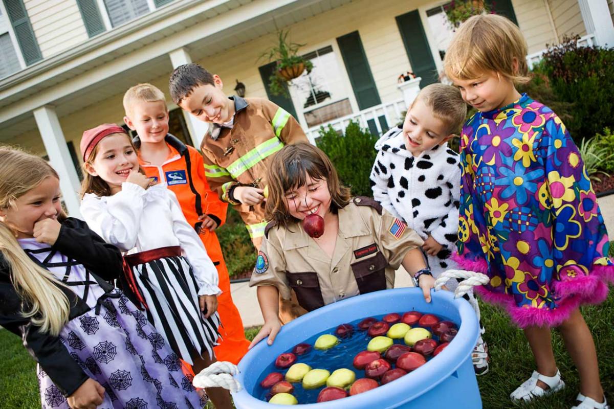 Lustige Apfel-Spiele für Kinder