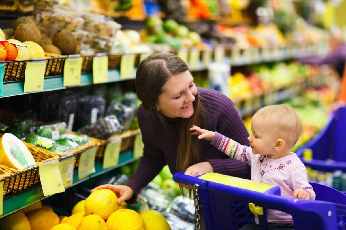 Wie Sie entspannt mit dem Baby einkaufen gehen