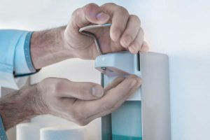 Händedesinfektionsmittel – wann ist die Anwendung sinnvoll?