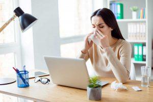 """Wärmetipps für """"Frostbeulen"""" im Büro"""