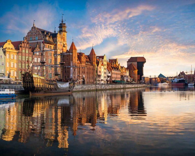 Die Hafenstadt Gdansk. Tor zur Welt & Handelsplatz für Bernstein & Co.