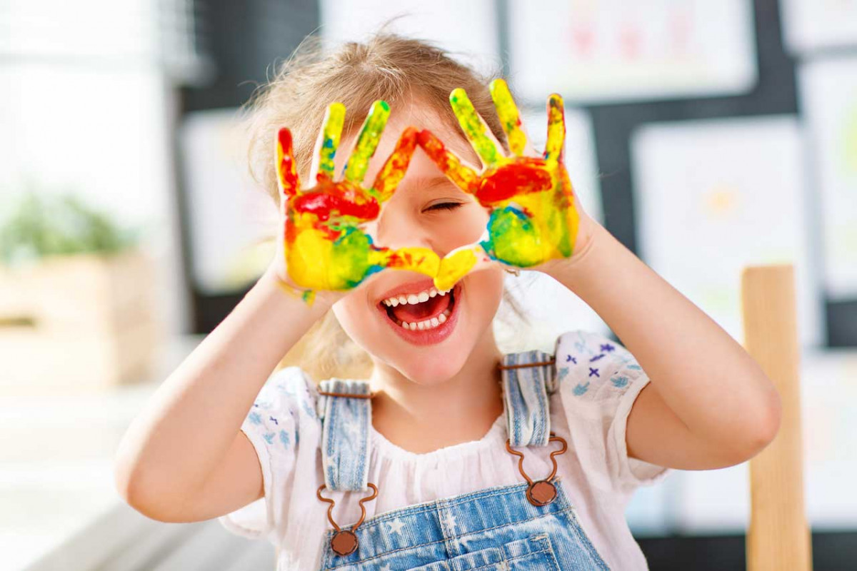 So malen Sie mit Ihren Kindern schöne Pustebilder - experto.de