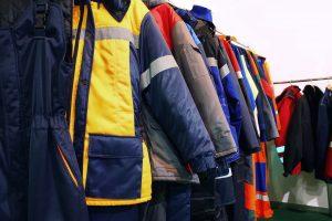 Warum eignet sich Funktionsbekleidung im Winter so gut als Arbeitskleidung?