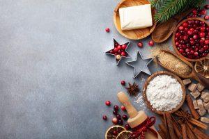 Weihnachtsdessert: Rezept für Teigschwan mit Beeren in Weinschaumsauce