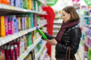 Kritische Inhaltsstoffe in Shampoos