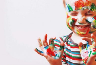 Wie kann man Kindern am besten Farben beibringen?