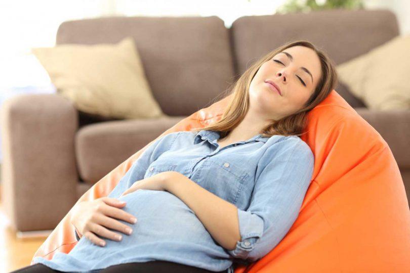 Was in der Schwangerschaft gegen Müdigkeit hilft