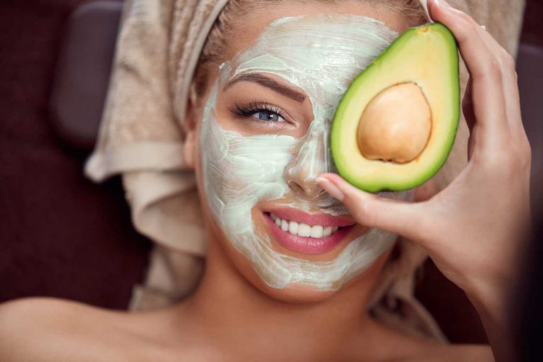 Luxus aus der Küche: Gesichtsmasken gegen trockene Haut