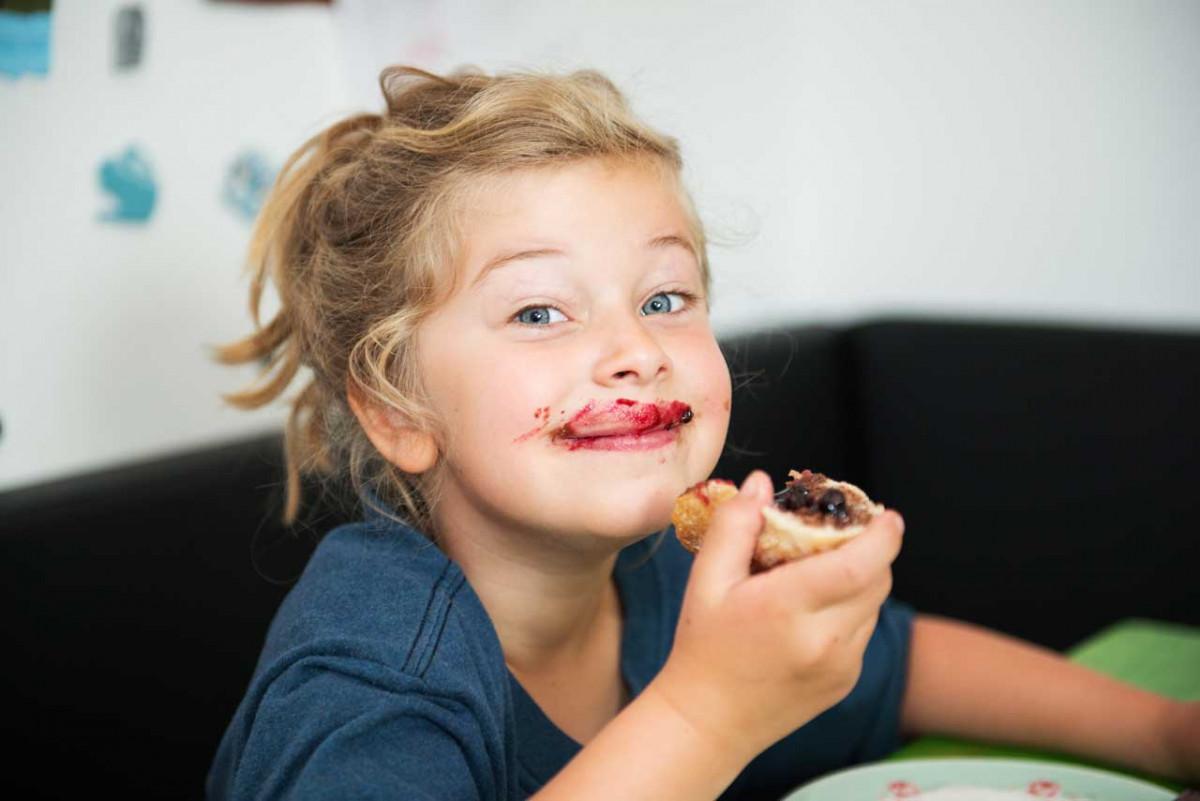 So gelingt Ihnen ein leckeres und gesundes Kinder-Frühstück