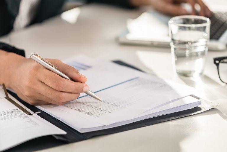 Doppelte Steuernummern – Arbeitnehmer müssen ELStAM prüfen