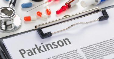 So können Sie Parkinson-Symptome mit orthomolekularer Medizin behandeln