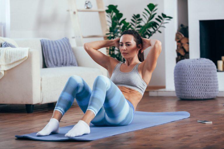 Fitness und Gesundheit steigern mit Heimtraining