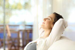 Atemtechniken gegen Stress: So können Sie den Stress wegatmen