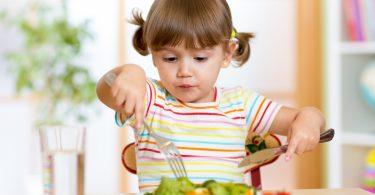 Gesund groß werden - Babys und Kinder vegetarisch ernähren