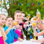 So organisieren Sie ein Sommerfest im Verein