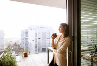 Die moderne Hausfrau: So schaffen Sie den Spagat zwischen Kind und Karriere