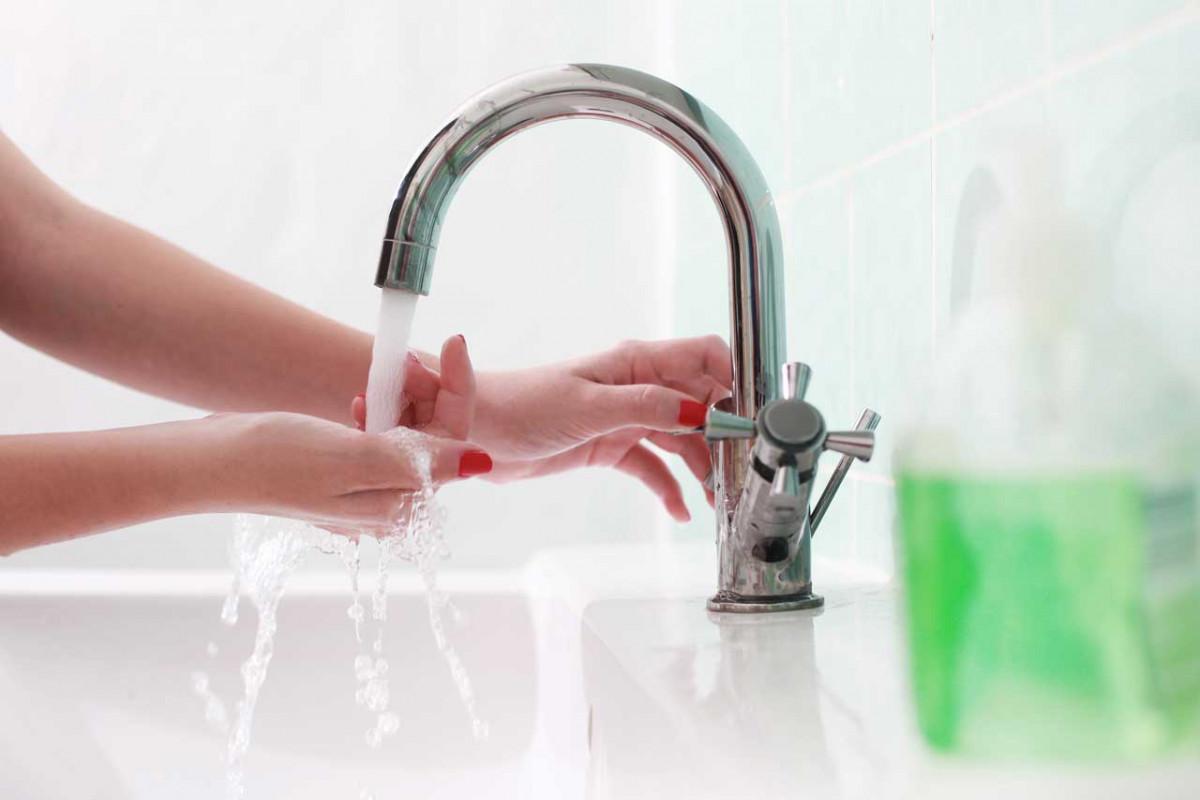 Wissen Sie, wie man sich richtig die Hände wäscht?