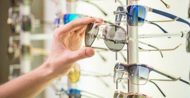 Worauf sollten Sie beim Sonnenbrillenkauf achten?