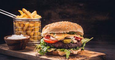 So schadet Fast Food langfristig Ihren Blutwerten