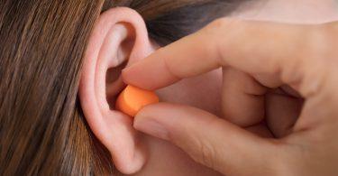 Druckregulierende Ohrstöpsel schützen Ihre Ohren beim Fliegen